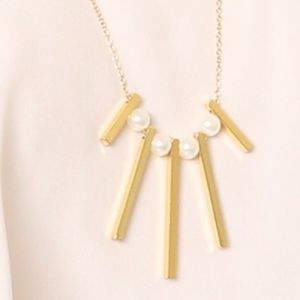 Lovely Rebecca Minkoff Pearl & Gold Necklace